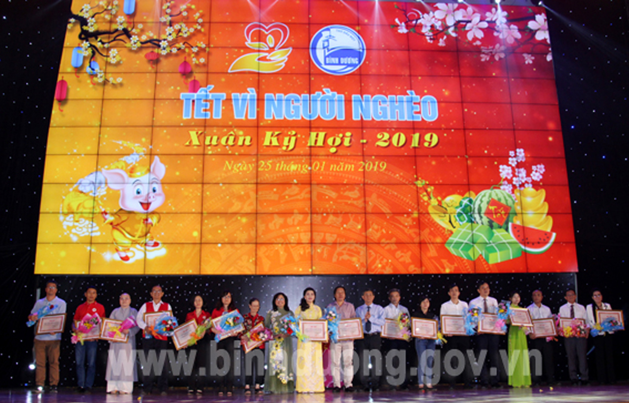 "GSV PARTICIPATED IN SPONSORING THE PROGRAM ""TET FOR THE POOR"" AND ""SPRING FESTIVAL OF 2019"""