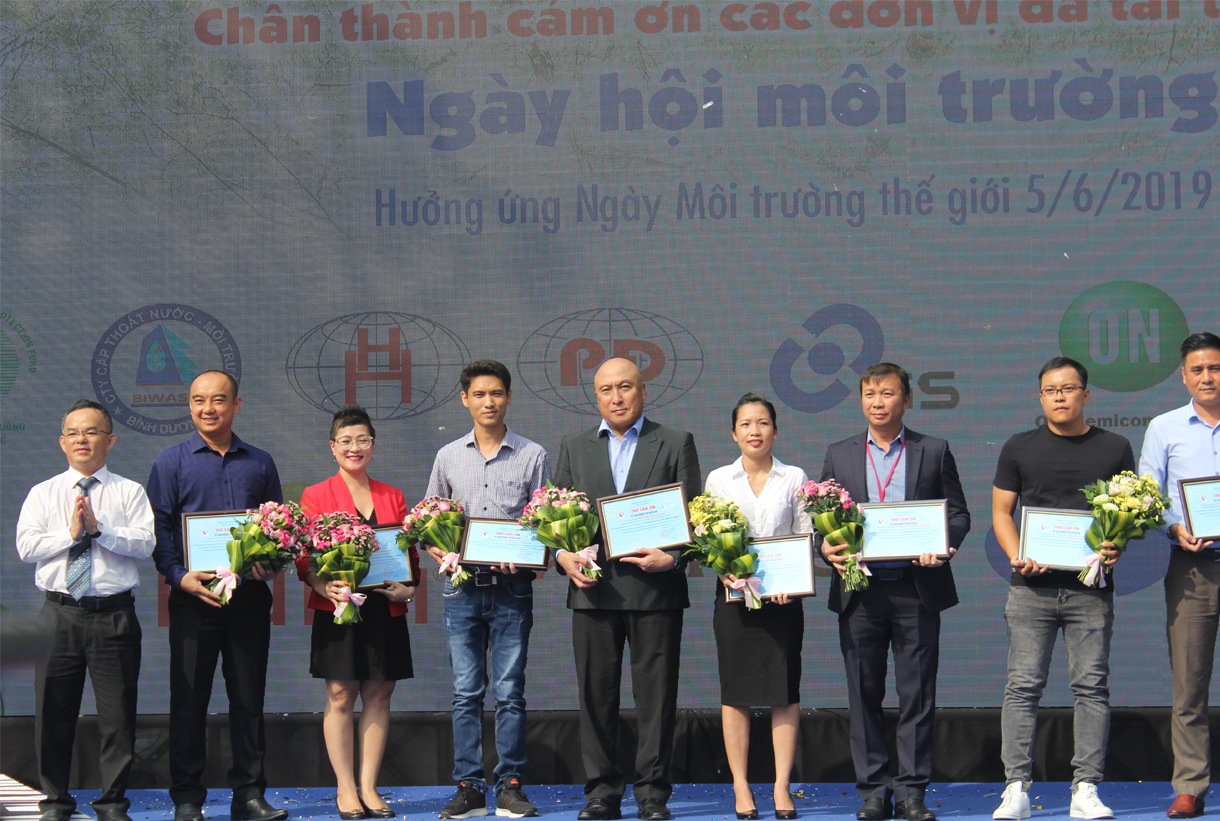 GS BATTERY JOINED THE WORLD ENVIRONMENT IN BINH DUONG AND GREEN LIVING DAY IN HCMC